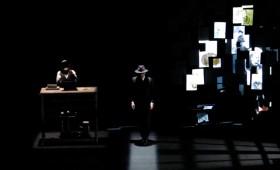 <i><b>Enigma Pessoa</i></b> Teatro Abadía